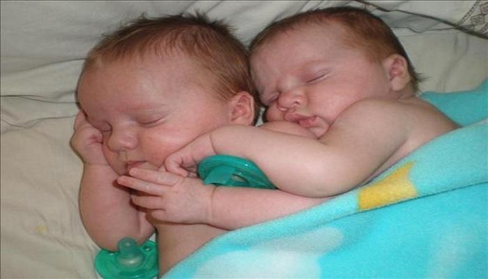 الصور الأولى لشهادتي ميلاد إبني أحمد عز و زينة و مفاجأة غير متوقعة