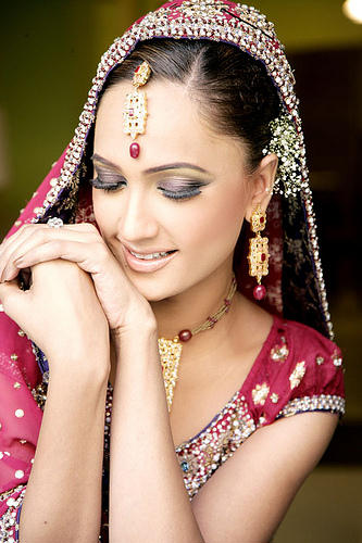 Indian bridal makeup photos