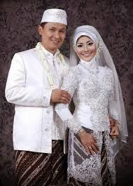 Model Baju Kebaya Pengantin Muslim Terbaru