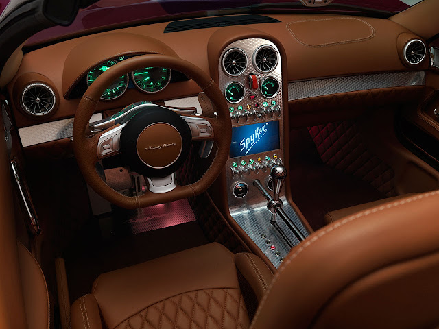 Spyker B6 Venator Spyder Concept dash