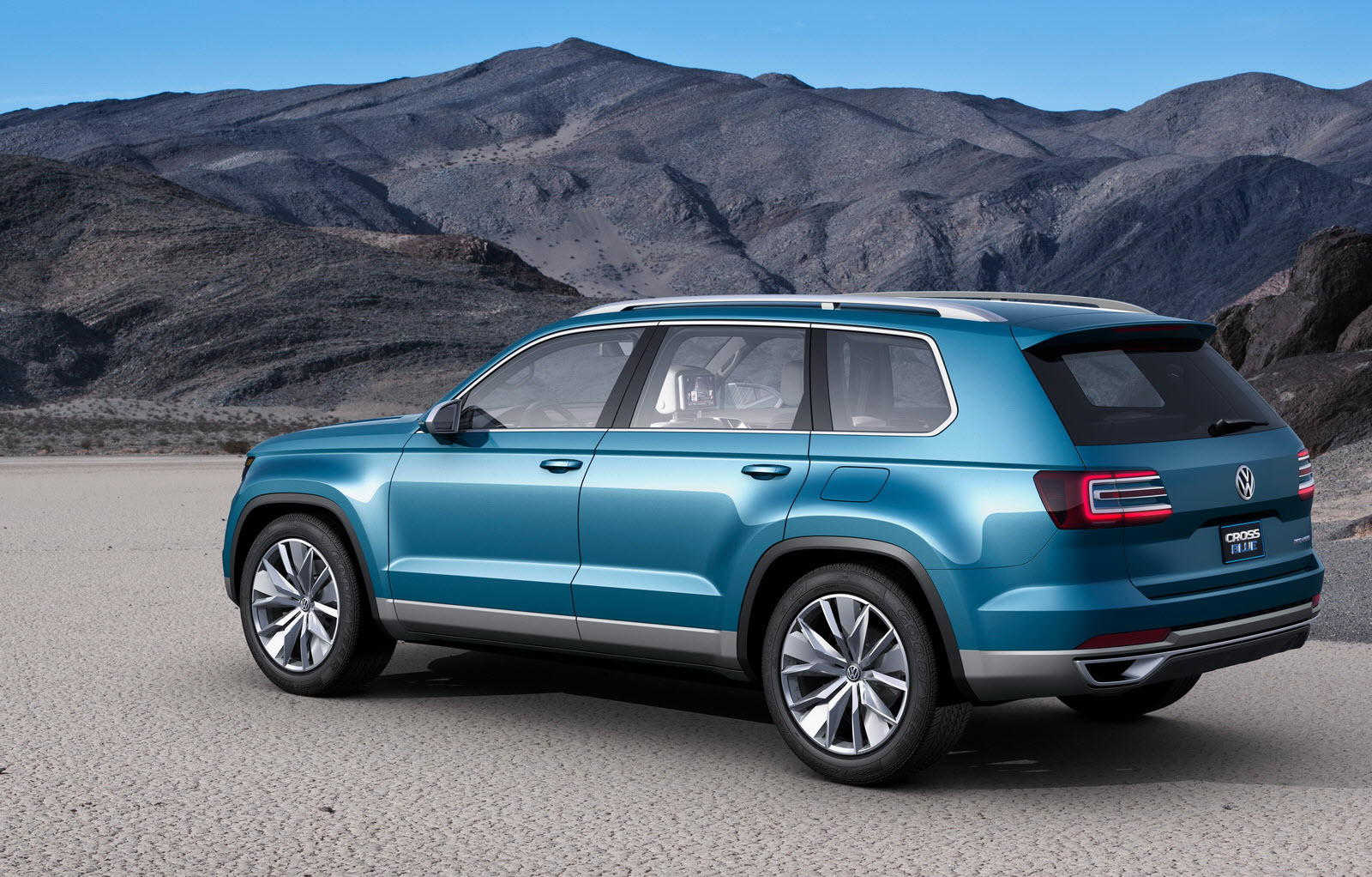 new volkswagen suv concept makes global debut at detroit show auto car best car news and reviews. Black Bedroom Furniture Sets. Home Design Ideas