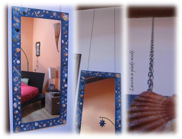 Vivere a piedi nudi living barefoot tempo di mare - Specchio con conchiglie ...