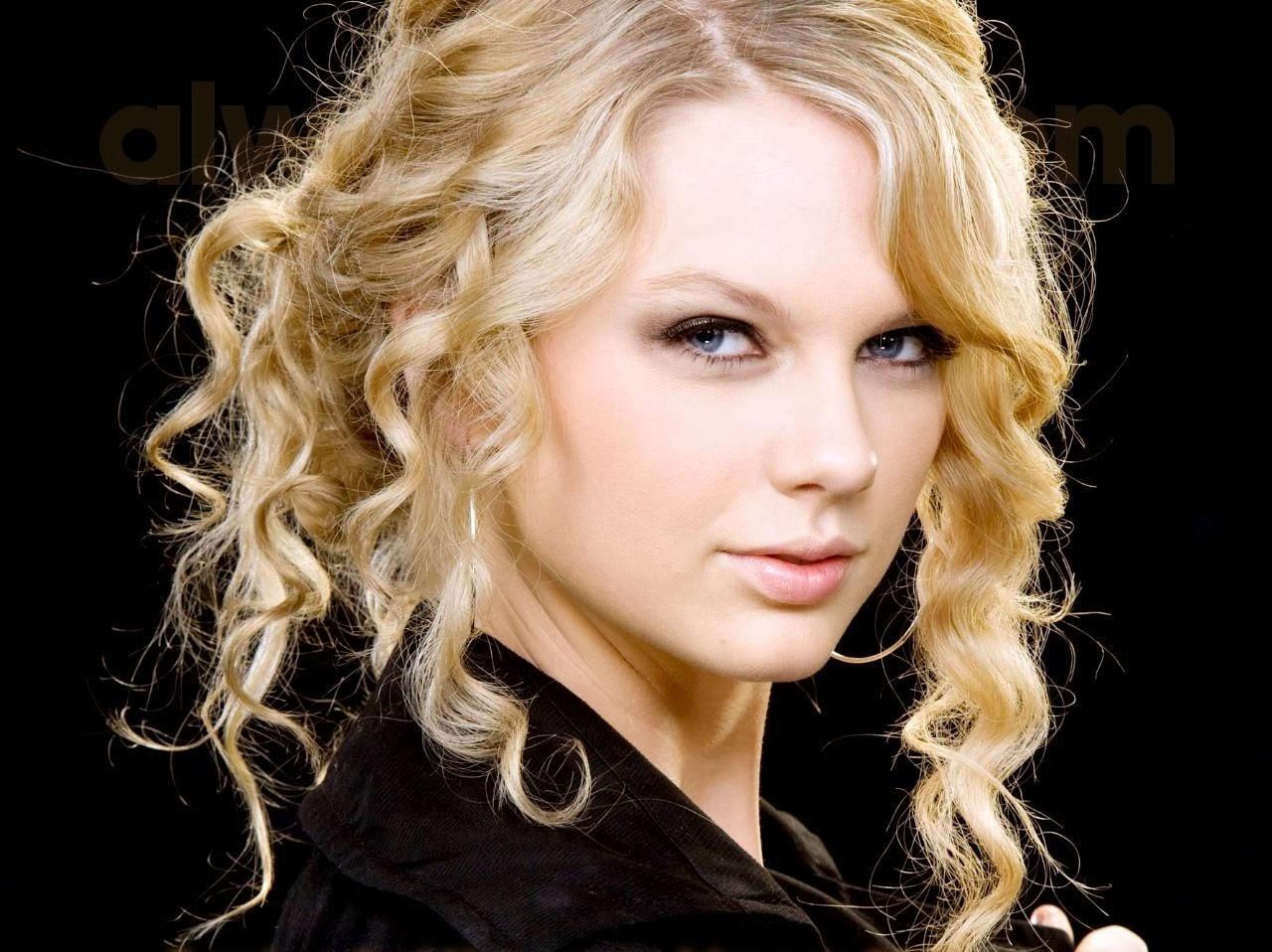 Taylor Swift is looking Seziling