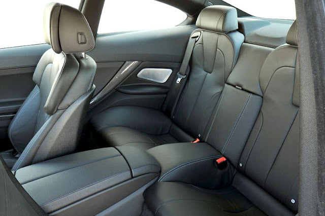 2013 BMW M6 Coupe Back Interior Rear View