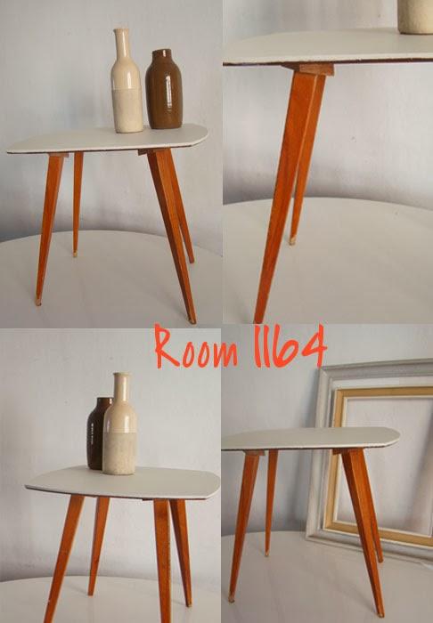 Room1164deco petit mobilier vintage pour cette table basse aux pieds compas - Table basse pieds compas ...