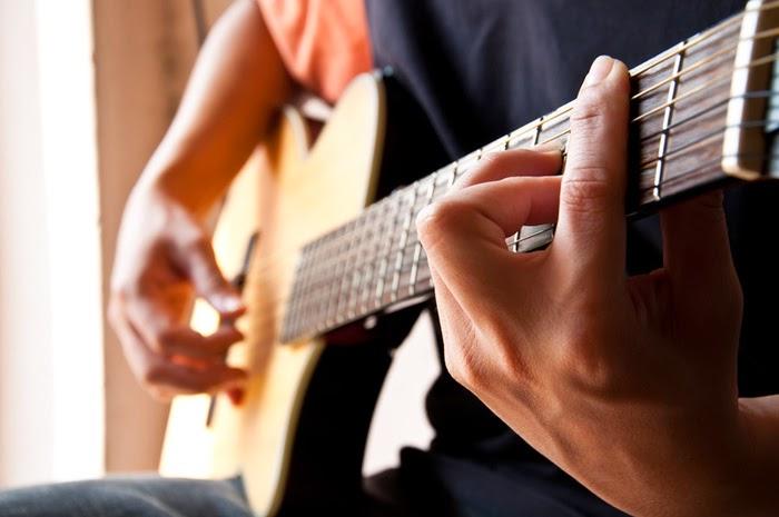 Tips belajar gitar dengan cepat