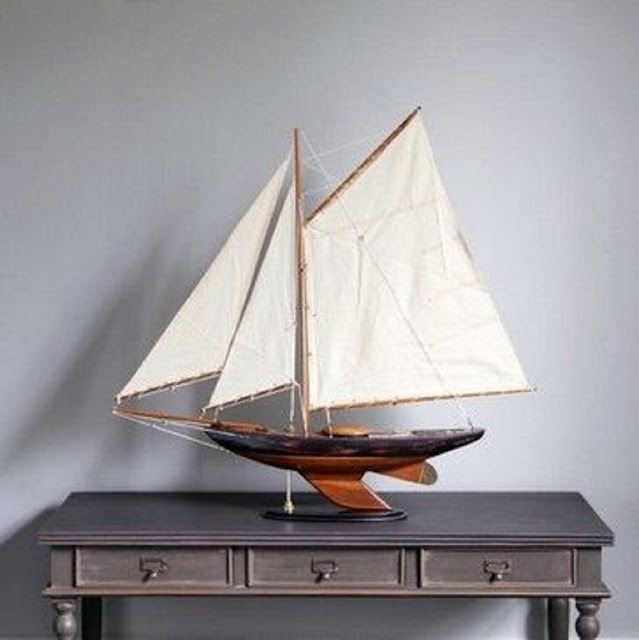 Newport Sloop Sailboat Model