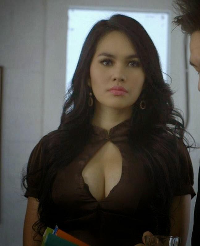 Foto Hot Kartika Putri Paling Mantap | Terlihat.me