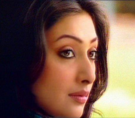TV Drama Actress Ayesha Khan's Beautiful Smile and Eyes