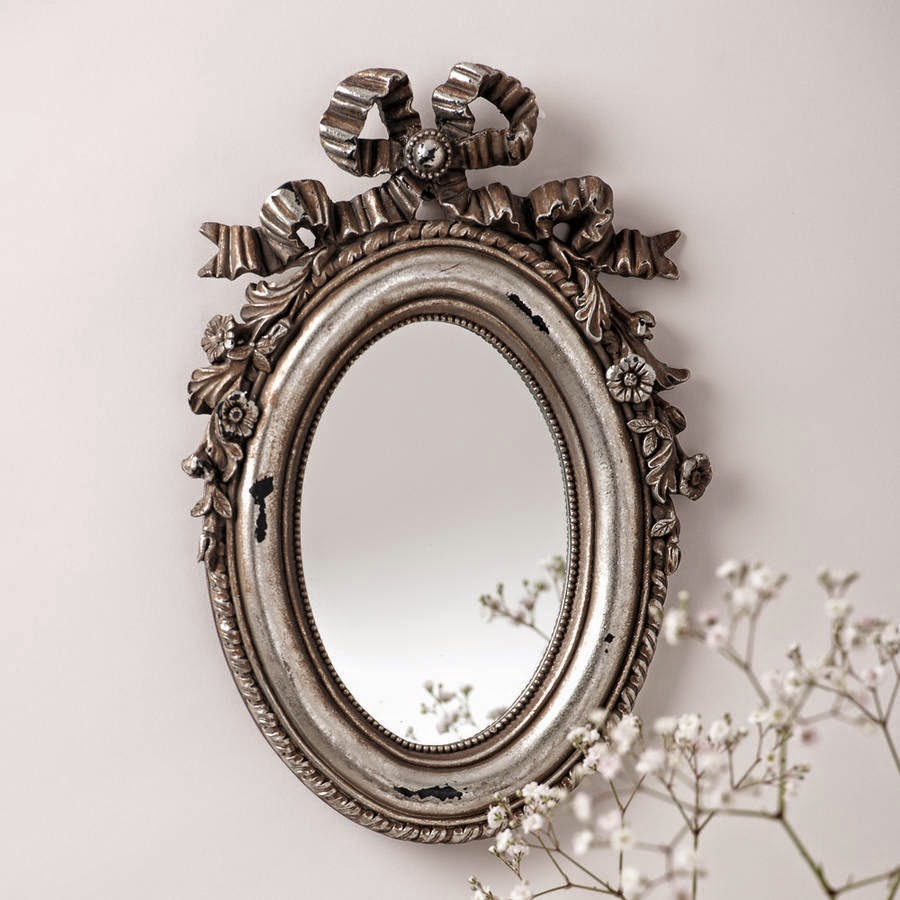 10 espejos vintage para una decoraci n de poca - Formas de espejos ...