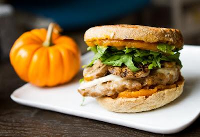 แซนด์วิชฟักทอง (Pumpkin Breakfast Sandwich)