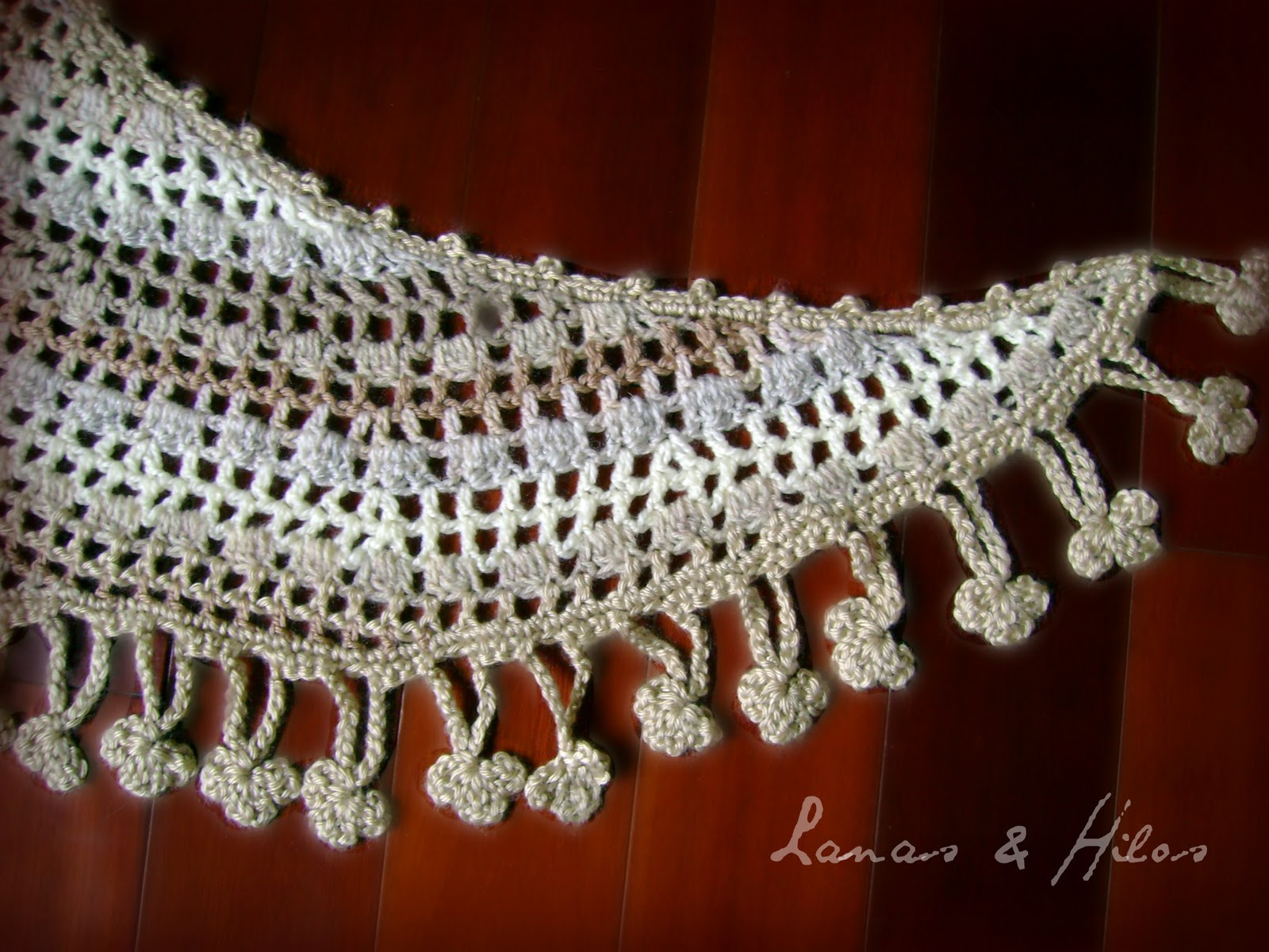 Crescent Moon Shawl Free Crochet Pattern : Lanas Hilos: Crescent Moon Shawl