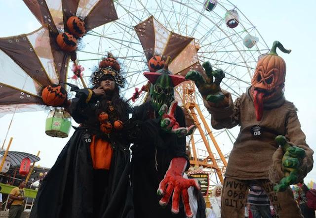 atraksi halloween day di suroboyo carnival