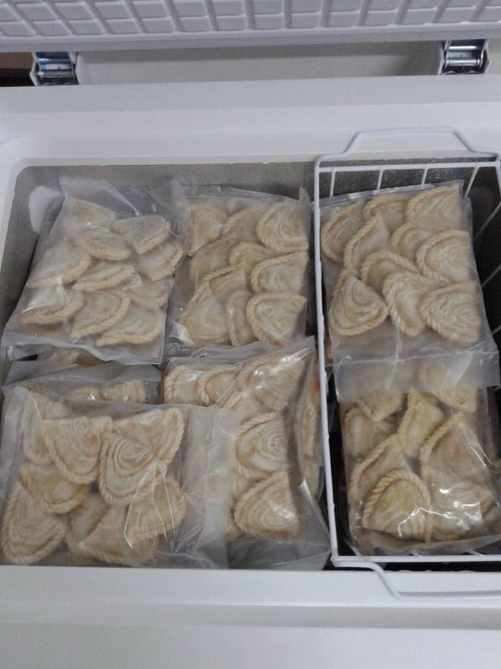 karipap pusing kentang dan sardin sepeket 10 biji (RM 5.00)