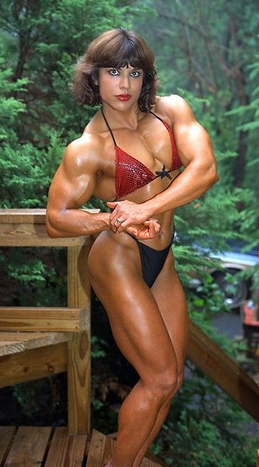 80's Female Muscle: Juliette Bergmann