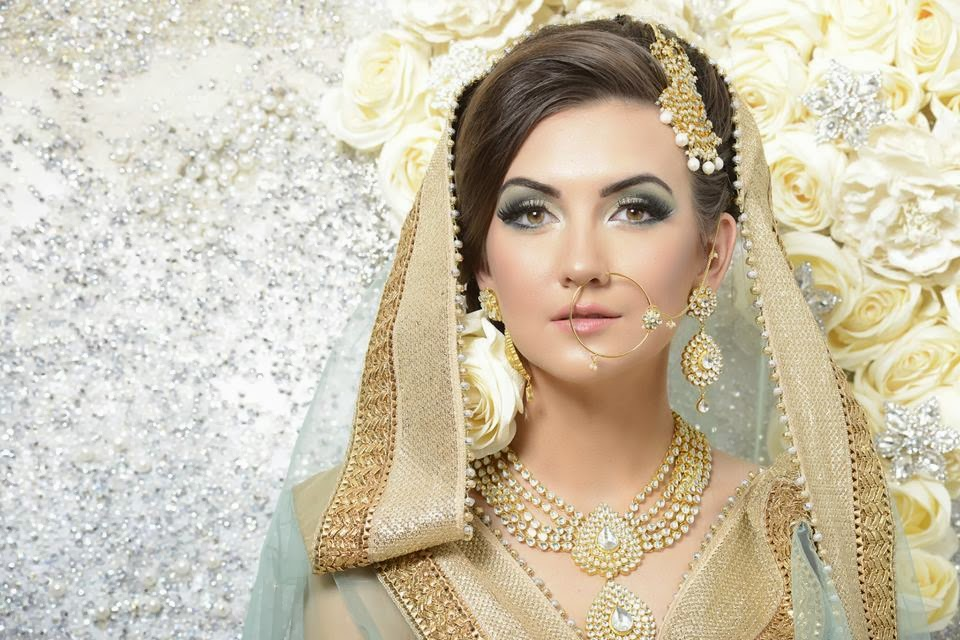 hair style by uzma rafiq, asian and arabic makeup, makeup course in london and birmingham, mac cosmatics