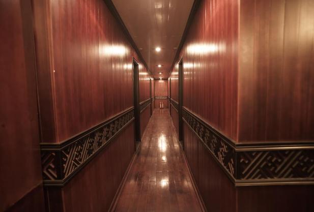 Corridor - Glory Cruise
