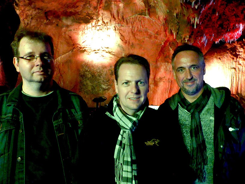 Andreas Morsch, Axel Stupplich, Uwe Denzer : Pyramid Peak @ Dechenhöhle 2014 / photo S. Mazars