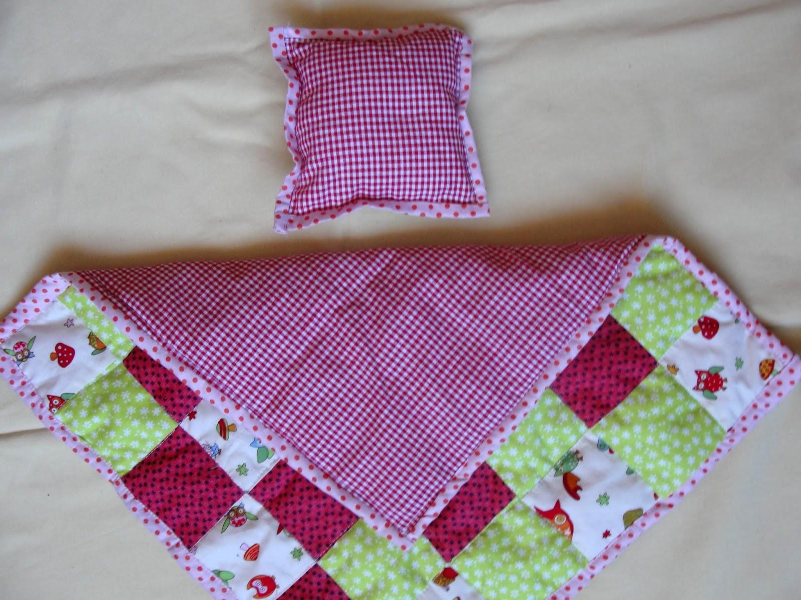 Как сшить подушечки для кукол 65