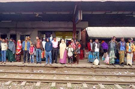 ঢাকার সঙ্গে ময়মনসিংহ-রাজশাহীর ট্রেন বন্ধ