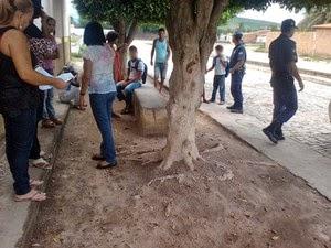 Guarda Municipal e Polícia Militar foram chamados após estudante ameaçar professora e vice-diretora (Foto: Augusto Jacobina / Site Augusto Urgente)