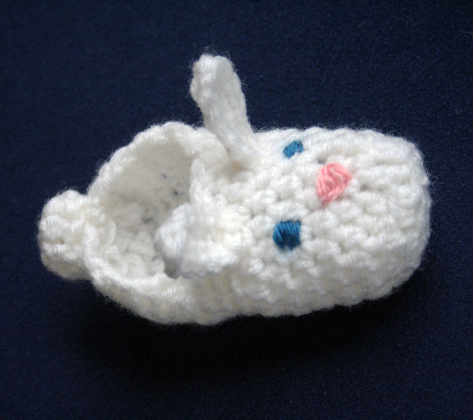 FREE CROCHET PATTERN BUNNY SLIPPER - Crochet and Knitting Patterns