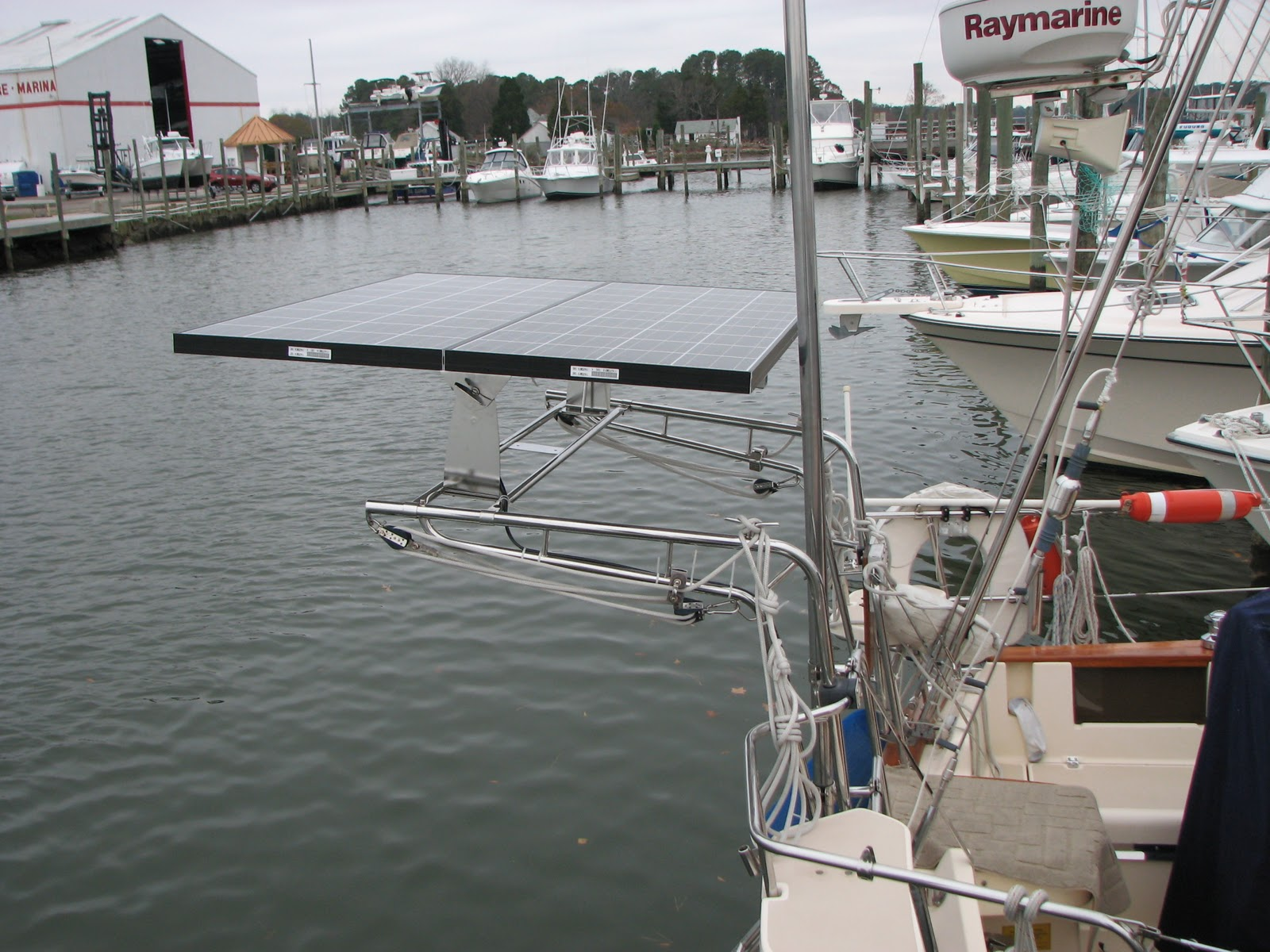 Marine solar panel installations first mate marine inc - Mission Accomplished At Least For The External Mounting Now I Need To Finish Up The Below Decks Wiring The Bluesky Regulator Is Mounted In The Starboard