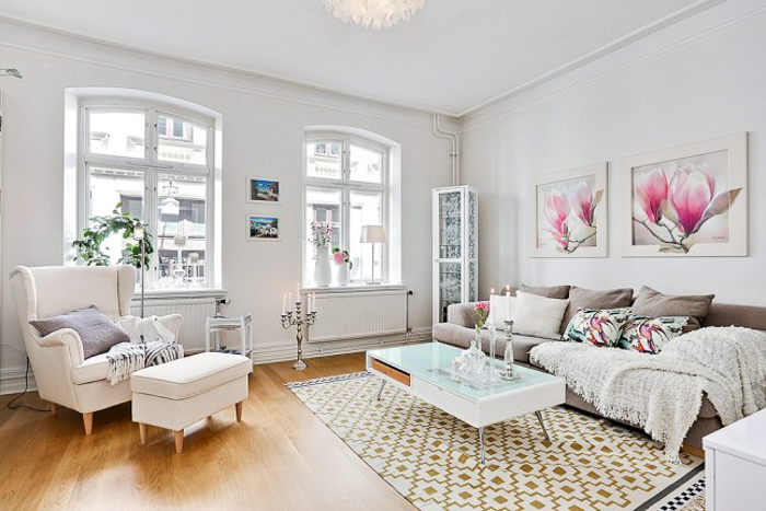 Deco white small apartment with or without shoes - Como decorar un salon rectangular de 20 metros ...
