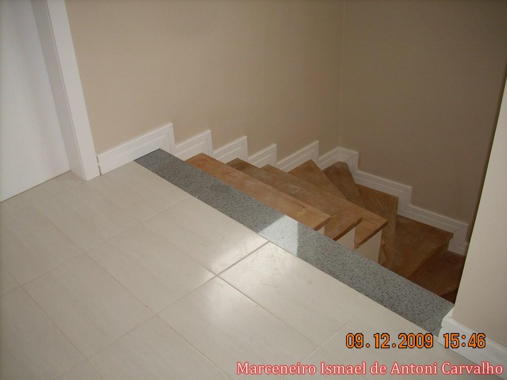 Revestimento de Escada e colocação de Rodapés Ipanema Porto  #B65815 1024x768