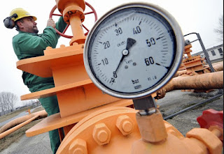 "Picture of Gas;img src=""http://1.bp.blogspot.com/-uD61x9YxreE/Vb3naRw_2lI/AAAAAAAAAv0/hOiEZXjxZAI/s1600/jjk.jpg"" alt=""Picture of Gas "" />"