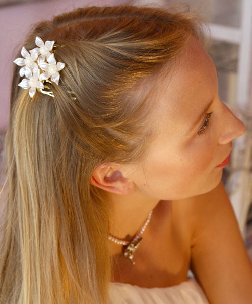 September Giveaway #3: Pearl Hair Comb