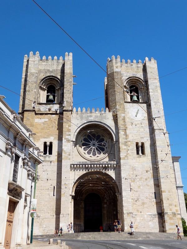 Lisbonne Lisboa alfama sé cathédrale
