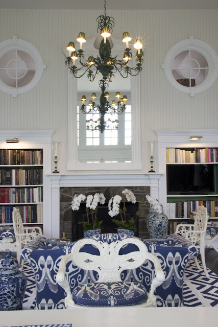 Carolyne Roehm Dining Room Library