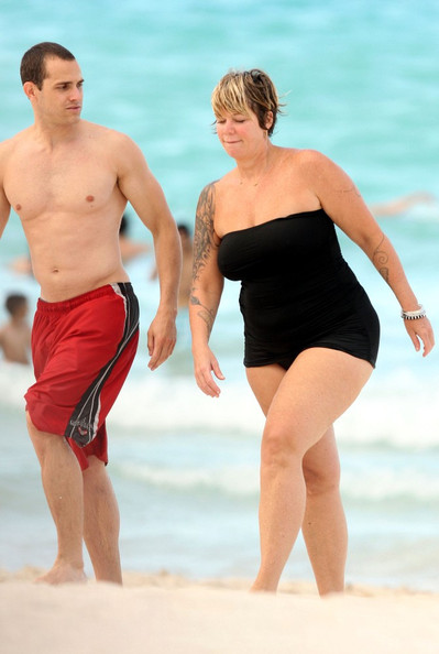 Holly Celebrity Gossips Mia Michaels With Her Boyfriend