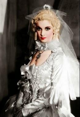 Viv, fabulosa en Marie Antoinette