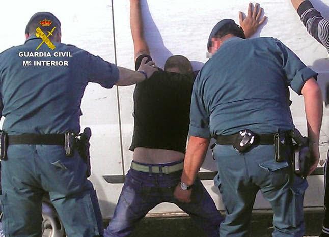 بالصورة..مطاردة هوليودية تنتهي باعتقال مغربي بتهمة السطو