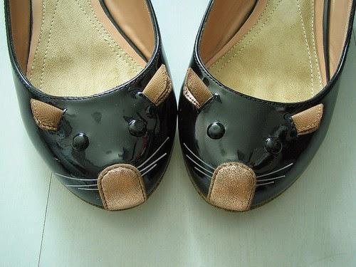 Zapatos clásicos de mujer