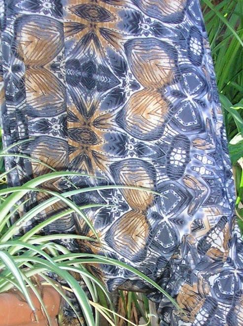 Chiripá en seda fría estampado