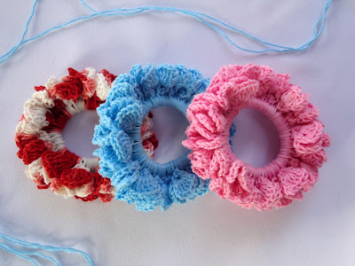 Free Crochet Pattern Diamond Mesh Scrunchies
