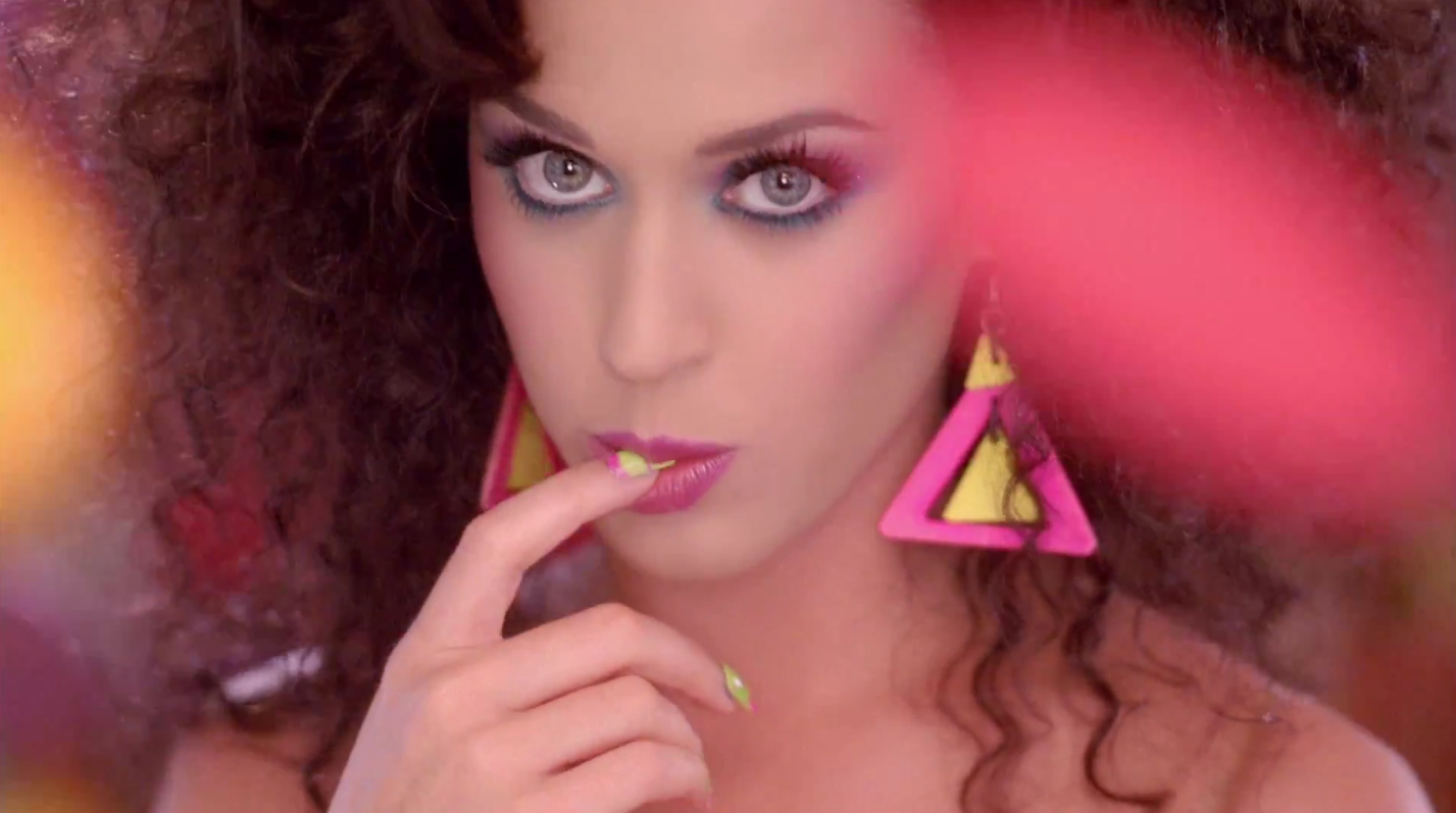 http://1.bp.blogspot.com/-uExbb7MtJRY/TfXDy3_qCqI/AAAAAAAAExc/SQ-097HgKlk/s1600/Last_friday_night_katy_perry_MSA_BLOG_0.jpg