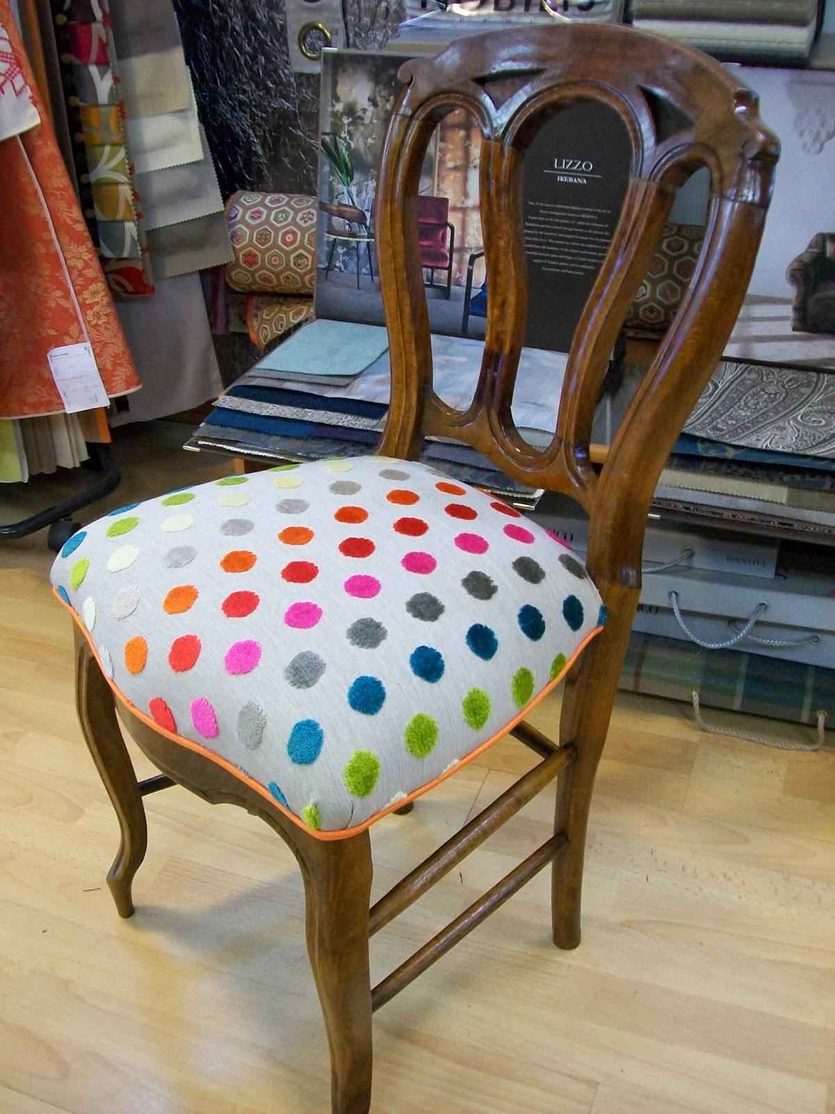 L 39 petite chaise de chambre for Recouvrir une chaise en paille