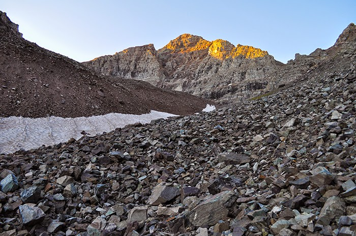 Sunrise on Colorado 14er  Pyramid Peak