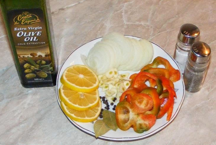 ingrediente peste la cuptor, ingrediente pentru peste caras la cuptor cu legume in hartie de copt, cum se face peste la cuptor, retete de peste, preparate din peste,