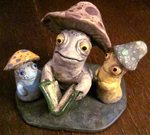 14-Mushroom-Stories-Deanna-Molinaro-aka-Chickenshoot-Odd-Clay-Sculptures-www-designstack-co