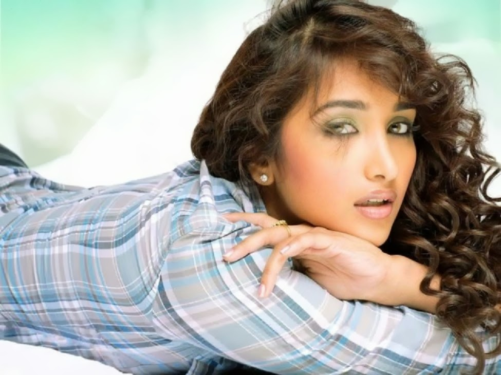 Jiah Khan HD Wallpapers Free Download