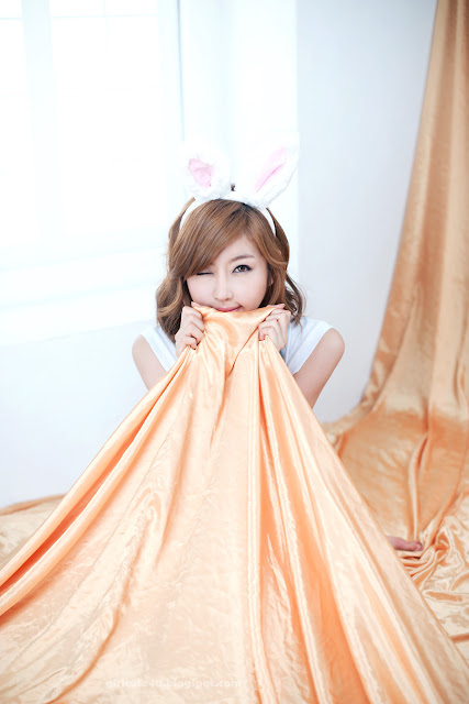 Choi-Byul-I-Denim-Overall-Skirt-15-very cute asian girl-girlcute4u.blogspot.com