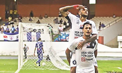 Cinco gols, hat-trick e liderança, o Remo estreou no Parazão