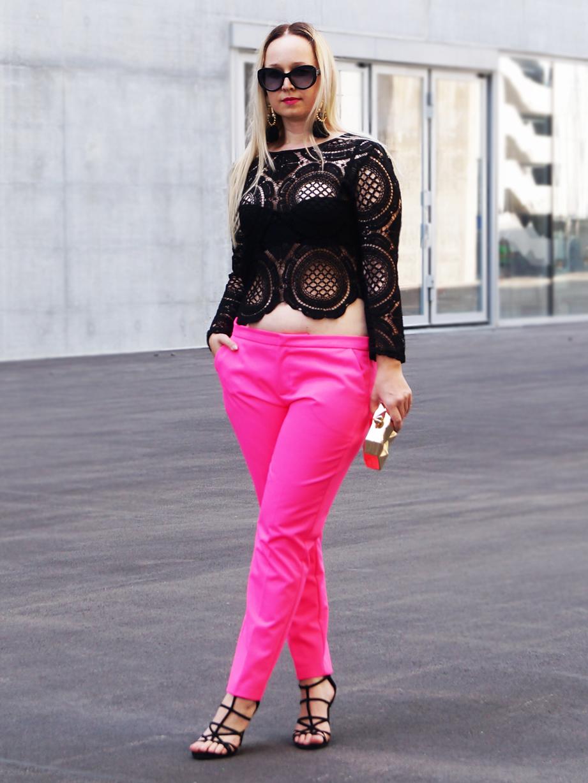 Famous fashion blogger - Famous Fashion Blogger
