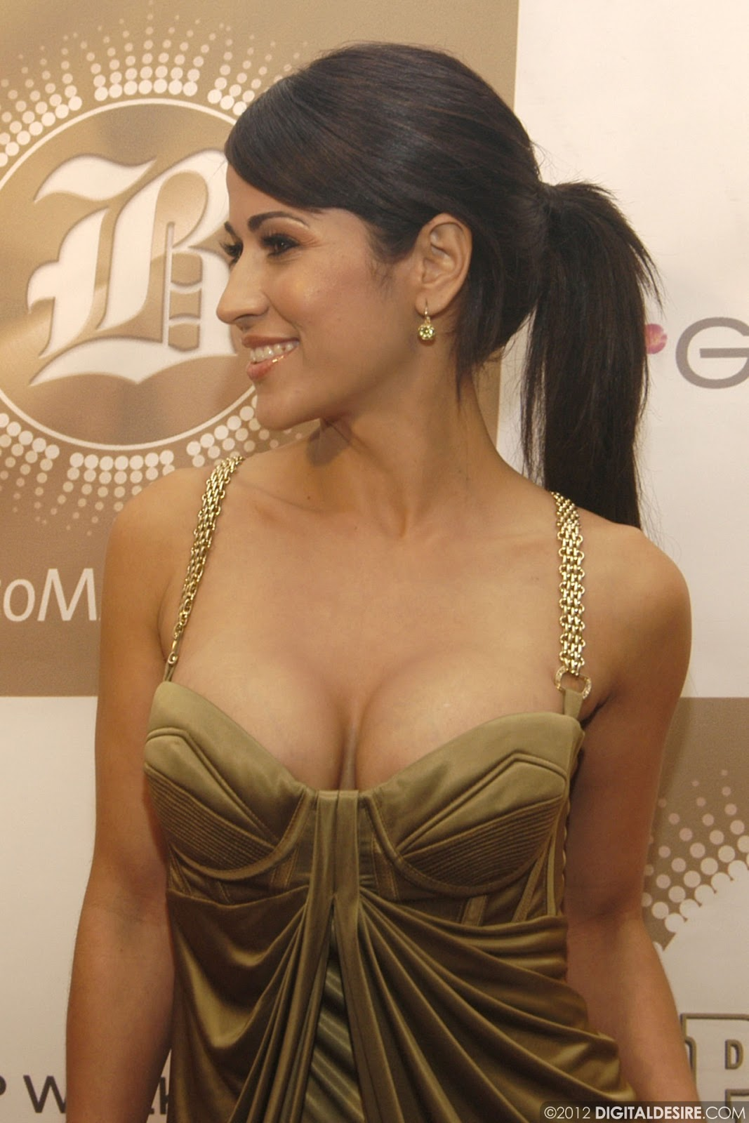 Cleavage Jackie Guerrido naked (65 foto and video), Tits, Cleavage, Feet, butt 2006