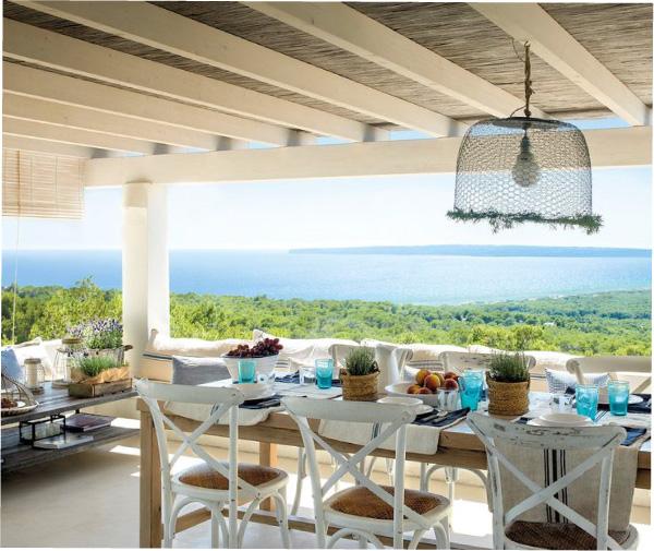 Un bellissimo portico in stile mediterraneo blog di for Piani di casa in stile mediterraneo